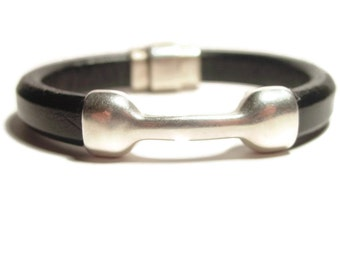 Mens Black Leather Bracelet with Magnetic Clasp