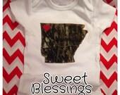 Custom Mossy Oak Camo Arkansas State Shape Apparel, Hunting Baby, Arkansas Baby