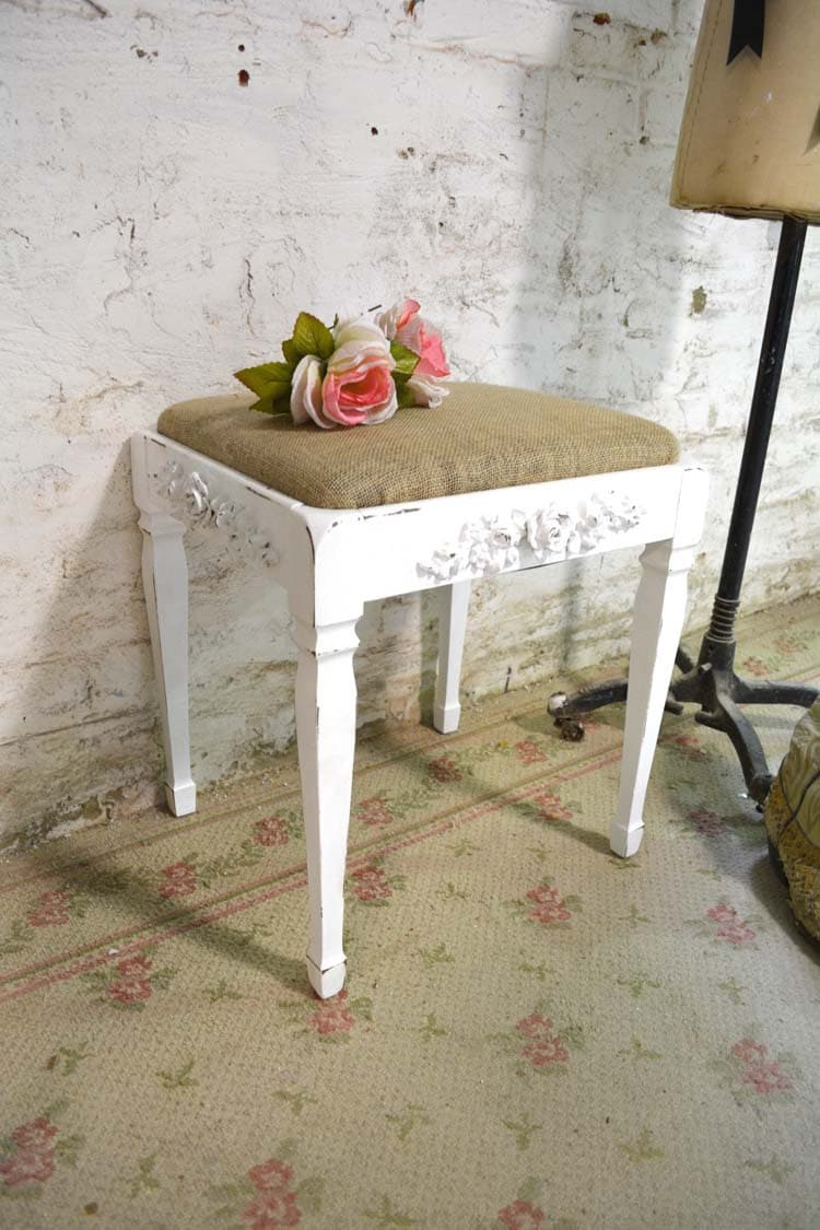 painted cottage chic shabby french vanity stool chr114. Black Bedroom Furniture Sets. Home Design Ideas