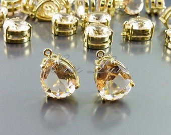2 champagne faceted teardrop glass charms in brass setting, wedding / bridal, jewelry making 5067G-CH