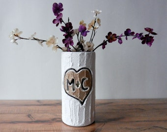 Custom Couple Gift / Vase with initials carving / taupe heart  / Personalized gift / wedding gift / customized vase / made-to-order