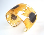 Sunflower Resin Cuff.   Real Sunflowers Cuff with Personalized Engraving. Chunky Wide Cuff Bracelet.  Gift for Mom Her Mother's Day