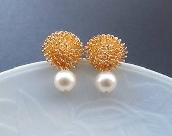 Bridesmaid Earrings, 16K Gold Dandelion Stud Earrings with Birthstone, June Birthstone Earrings,Pearl Earrings,Bridesmaid Gift,Birthday Gift