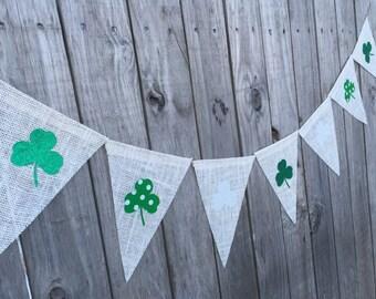St Patricks Day banner, shamrock banner, burlap bunting, shamrock garland, irish decor, spring decorations, glitter shamrocks,