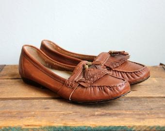 Vintage Auburn Leather Loafers- Brown Leather Flats Moccasin Fringe Tassle- Size 7 or 7 1/2