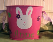 Personalized Easter basket/pail for girls - Bunny with flower with Easter eggs and bows on the handle