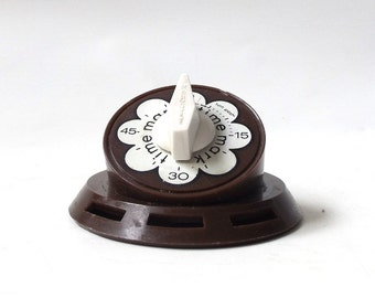 vintage 1960's mark time kitchen timer brown white flower mod mid century modern retro decorative home decor baking cooking food 60 minutes