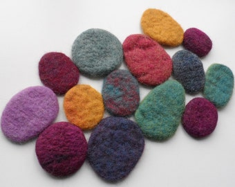 Felted Pebble Trivet - Beautiful Hand Felted and Hand Stitched Table Runner