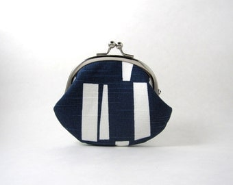 Frame Coin Purse- Sticks Slub on Navy Blue