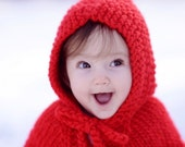 Christmas baby cape. Baby Christmas outfit.  Red baby poncho. First Christmas. Holiday Baby shower gift. Newborn to 18 mon. Xmas photo prop