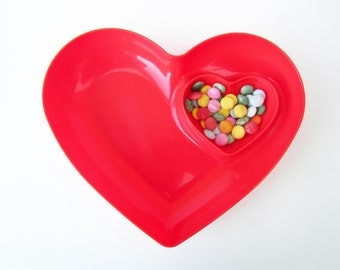 Double HEART dish⎮red hard plastic⎮aperitif party candy bowl⎮Valentines idea lover gift