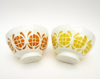 1970s French vintage café au lait BOWL⎮painted ceramic floral decor⎮orange yellow⎮Sarreguemines France⎮breakfast kitchen retro⎮set of 2