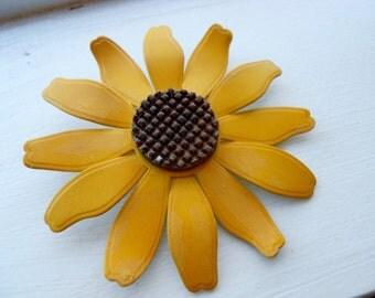 Vintage Retro 70s 1970s Large Bold Sunflower Brooch Pin, BOLD SIZE Enamel Metal
