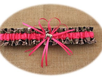 Camouflage and Hot Pink Wedding Garter with Deer Deco