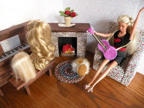 Barbie Piano, Chair, Rug, Fireplace Room with Flickering Tealight, Firewood, Mantle deco and Doily