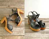 70s Platform Sandals Size 7 1/2  //  Wood Leather Sandals Sz 7.5  //  SKY HIGH