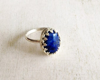 Lapis lazuli silver ring,blue sterling silver ring,gemstonr ring,oval cabochon ring,blue princess ring,crown frame silver ring, gift for her