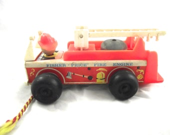 Fisher Price Pull Toy Fire Engine, 1968 Vintage Wood and Plastic Children's Truck (DB2)
