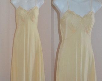 Rare Vintage Slip, Vintage Slips, Vintage Lingerie, 1940s, 1940s Lingerie, 1940s Henry Morgan & Co. Limited, Wedding, Romantic