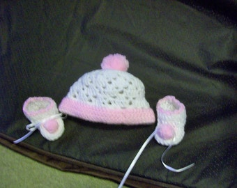 Baby Girls 0 to 3 Months White & Pink Winter Hat and Booties Hand Crocheted