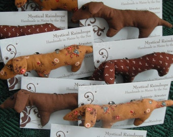 Dachshund Brooch / Handmade Jewelry / Jewelry / Dog lover gifts