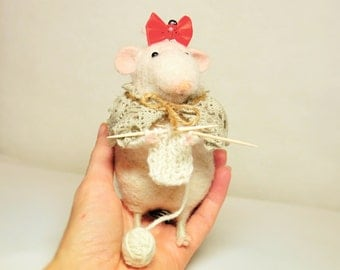 Handmade vintage rat - Needlefelted - Made from wool - Small and cute - Perfect idea for gift - Eco friendly - OOAK - BinneBear collection