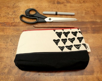 Large Canvas Shark Tooth Print Zip Clutch Pouch