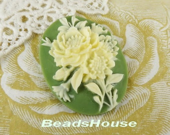 20%off 63-00-CA  2pcs (30 x 40mm) Pretty Peony Cameo - Ivory / Deep Green