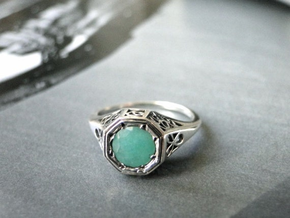 vintage filigree 1ct emerald ring promise ring by wulfgirl