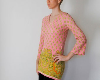 Vintage 60's hippie tunic, pink with yellow Persian / mandala designs, 3/4 flared sleeves, covers hips, Vneck - Small / Medium