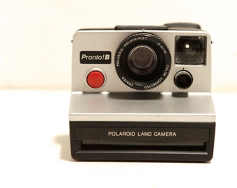 vintage 80s very RARE silver pronto Sx-70 POLAROID camera with SONAR