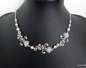 Bridal Necklace Bridal Rhinestone Necklace Backdrop Necklace Bridal Pearl Necklace Swarovski Crystals Necklace Pearl leaf necklace GERBERA