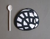black and white trivets - fabric potholders - designer kitchen - abstract mod print - hostess gift - black and white