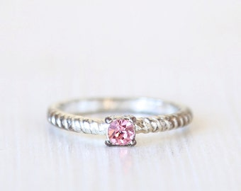 Pop of Pink Vintage Ring // size 8  // everyday silver ewelry