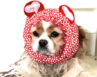 Red Heart Bear Dog Snood, Stay-Put 3 Rows Elastic Thread, Valentine's Dog Snood, Cavalier and Cocker