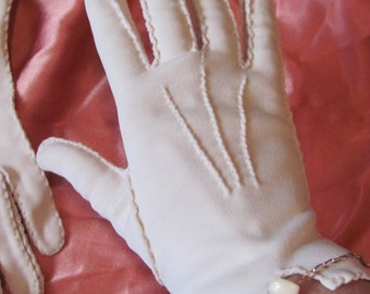 Gloves - Vintage Retro Off White Hand Stitched Ladies Gloves