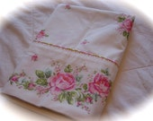 Vintage King Cottage Shabby Rose Pink Pillowcase Wondercale by Springmaid Retro Bedding Textiles