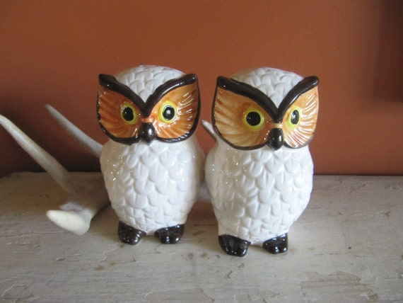 Vintage owl salt and pepper shakers by repurposedstyle on etsy