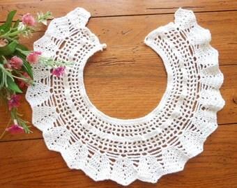 Vintage Hand Crocheted Collar