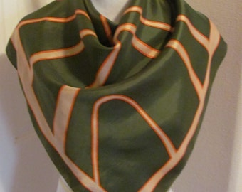 "SALE!!  Beautiful Green Paoli Acetate Ladies Silky Scarf - 30"" Inch 76cm Square"