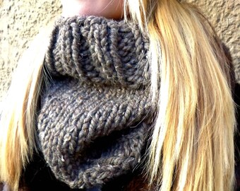 Chunky Cowl, Cowl, Ribbed Cowl, Over-sized Cowl, Chunky, Rib, Knit Cowl, Knit, Unisex, Birdy27, Silver Gray