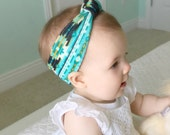 Green Tribal Print Stretch Topknot Headband