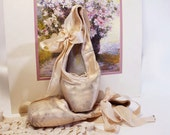 Very Vintage Ballet Shoes, Toe Shoes, Ballet Slippers, Pink Satin, with Ribbon Ties