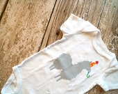 Party Llama Onesie (Gray with Yellow Polkadots on Orange Party Hat) - 3-6M Baby Bodysuit
