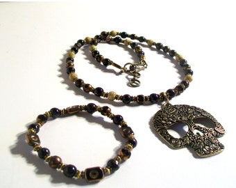Bronze Skull Pendant Necklace, Black & Bronze Necklace Set, Black Stone, Black Pendant Necklace Set, 3 Piece Set