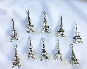 Set of 10 - EIFFEL TOWER Pendants * Charms * Antique Silver * 25mm x 10mm * Detailed