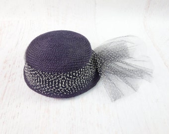 VINTAGE 1940s Hat Polka Dot Net Navy Blue Woven