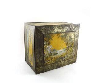 Antique Globe Soap Company lithograph tin, tropical island decor, palm trees, Island retreat, Beach resort