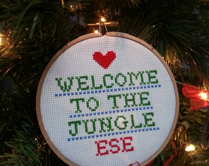 Welcome to the Jungle Ese cross stitch wall art ornament