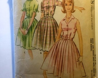 60s McCalls 5774 Pleated Dress with Below Knee Size 16 Bust 36